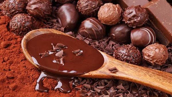 خرید عمده شکلات ایرانی