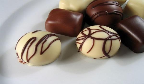 فروش انواع شکلات های ایرانی